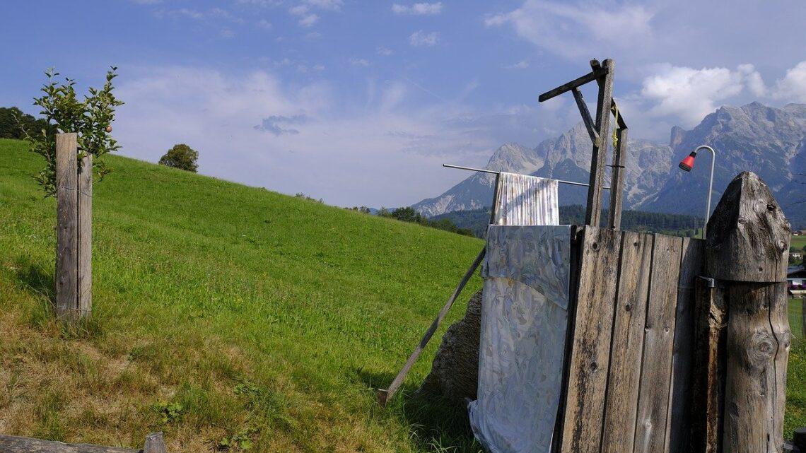 Gartendusche selber bauen – Abkühlung an heißen Tagen